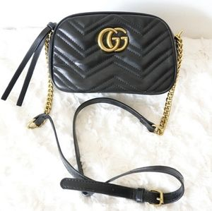Gucci GG Marmont Shoulder Bag Black NEW